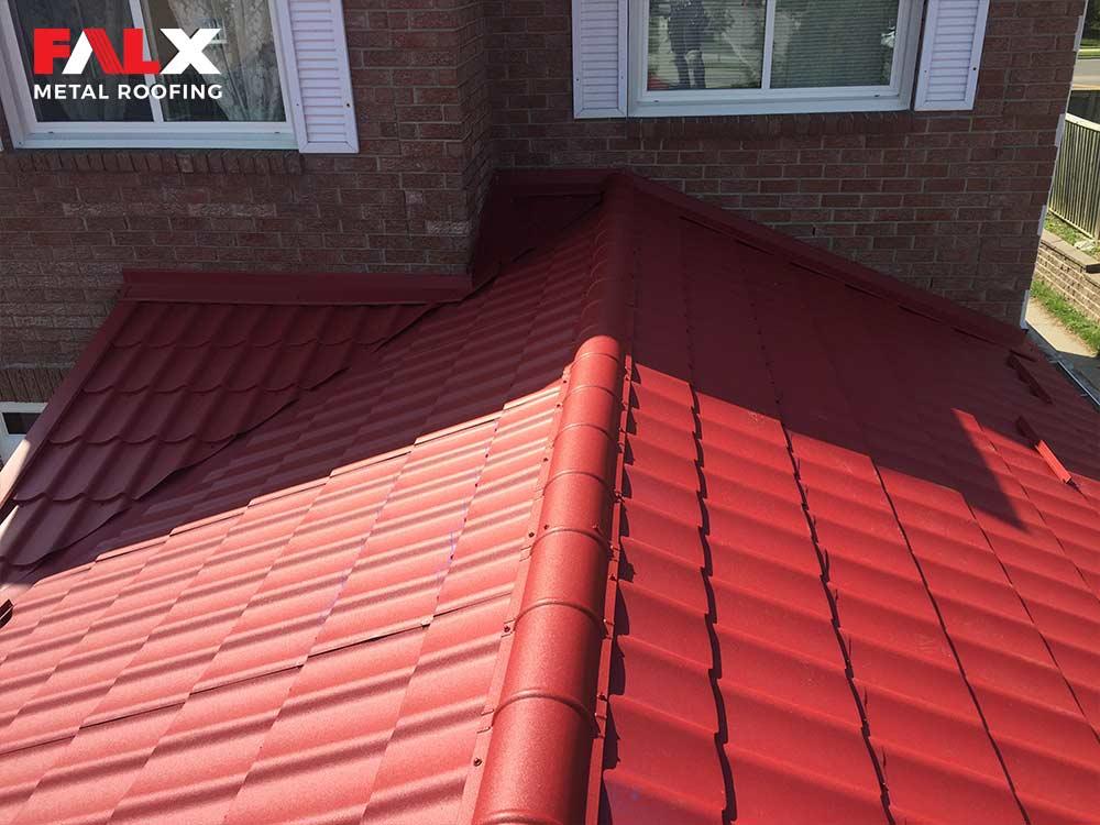 red-metal-roof-detail-1